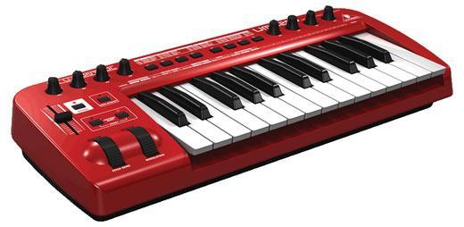 Behringer U-CONTROL UMX 250 - USB/MIDI-клавиатура с аудиоинтерфейсом.