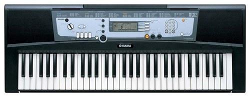 Синтезатор Yamaha PSR - R200 Adapter Plus