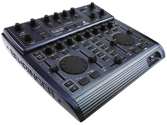 Ультимативная DJ-машина Behringer B-Control DeeJay BCD2000